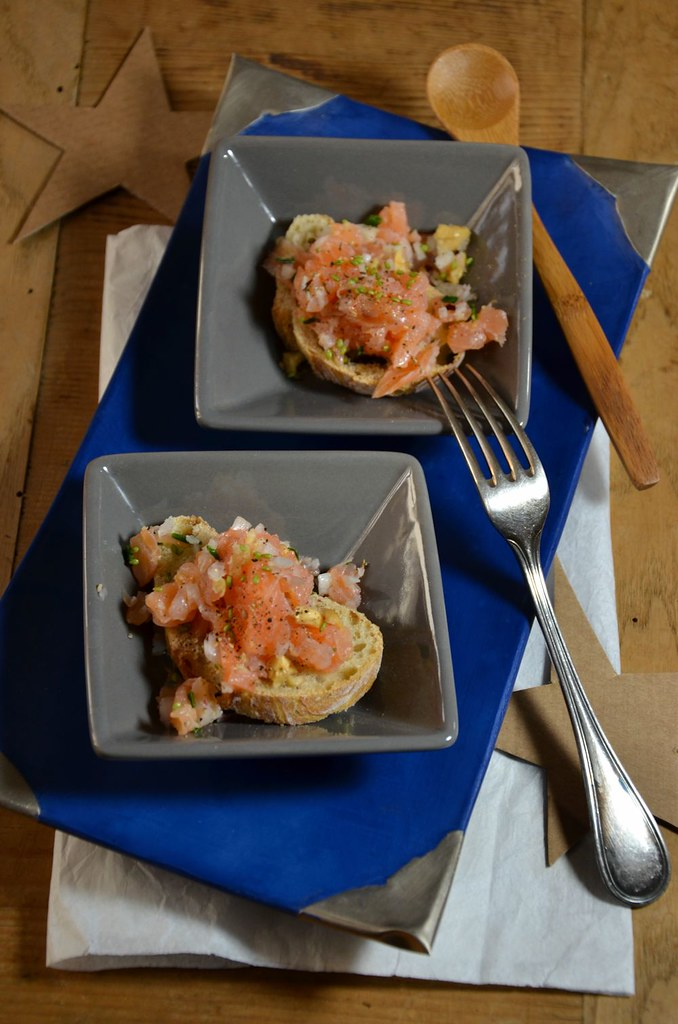 Tartine de tartare de saumon