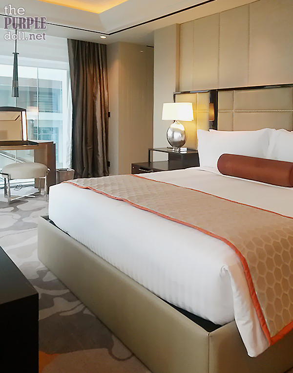 Solaire Sky Tower Grand Suite Bedroom