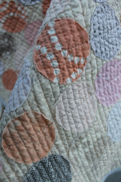 Scrap circles raw edge applique baby quilt