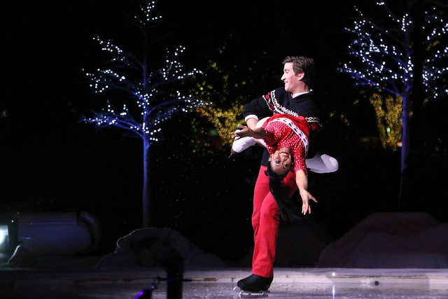 SeaWorld Christmas Celebration 2014 in Orlando
