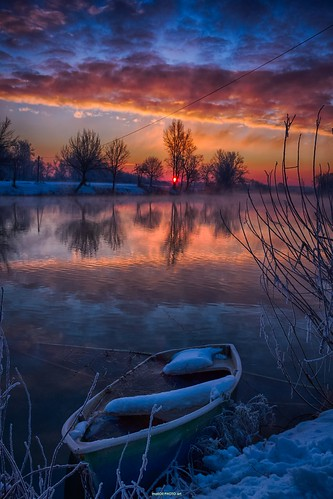 morning winter sky cloud sun snow cold reflection water sunrise canon river photography boat photo europe image pics picture croatia down sunrays hdr cro daybreak hrvatska karlovac