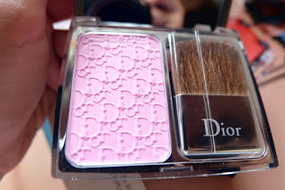 dior-rosy-glow-blush-review-2