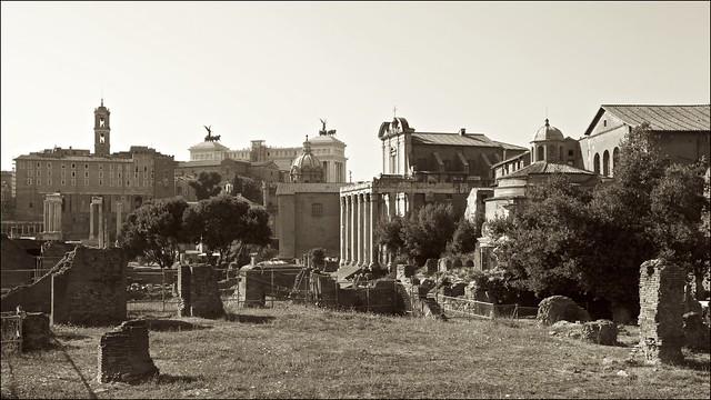 Ruínas de Roma [Roman Forum]