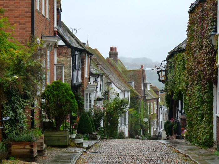 Ravacholle Lifestyle Blog | British Crush: streets such as Mermaid Street in England