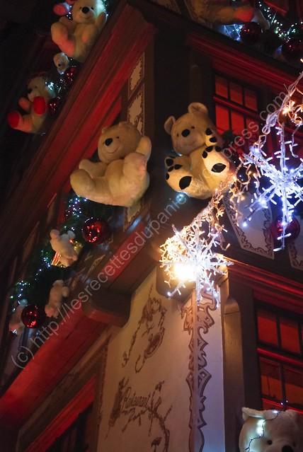 Nounours sur restaurant / Teddy Bears on Restaurant