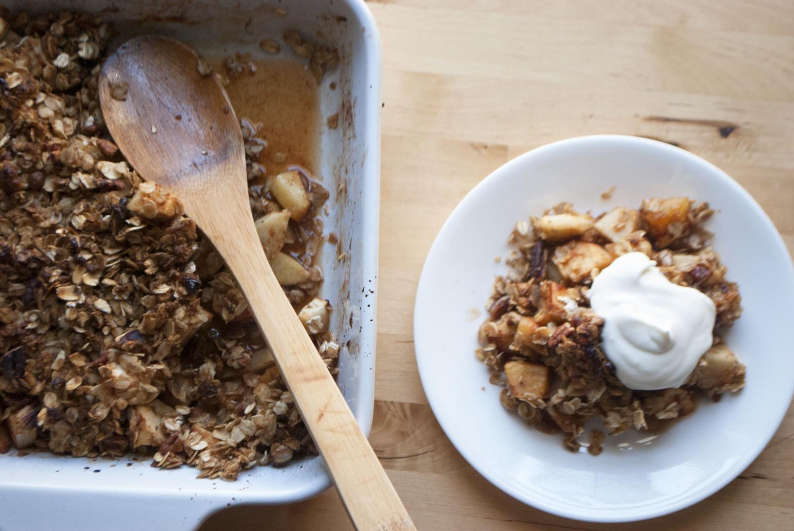 Simple Apple Pecan Crisp | Kitchen in the Hills