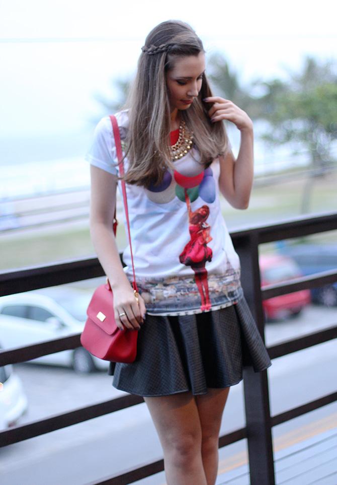 05-t-shirts de baloes com saia preta look do dia