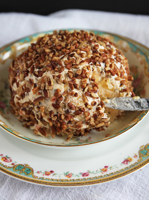 Pineapple Cheeseball 3