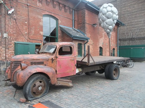 Rusted truck, Distillery District (2)