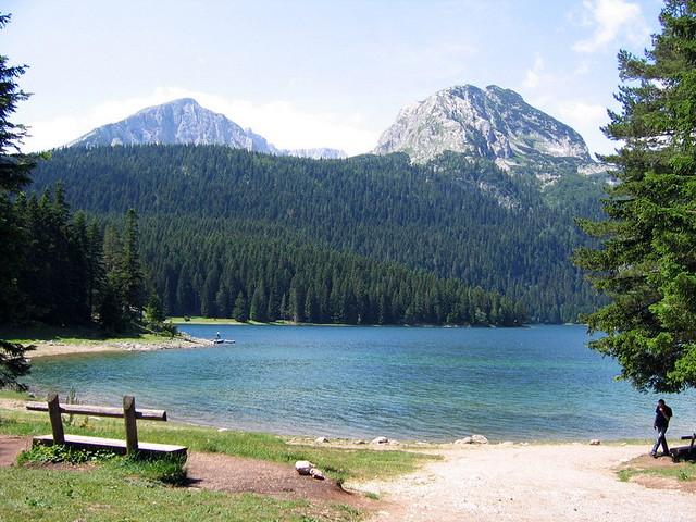 montenegro-blacklake-Nije bitno
