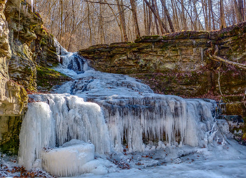 ice frozen kentucky ky falls waterfalls ravenrun fayettecounty
