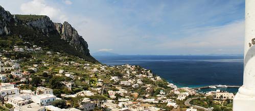 Capri - Veduta dalla Piazzetta 1