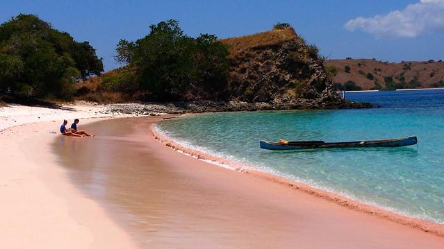 home_beach_1200px