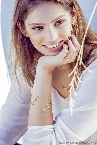 Corinne Simon
