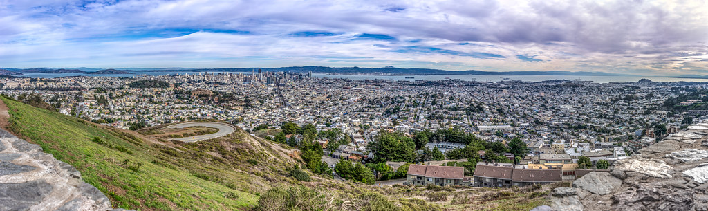 View of San Francisco from Twin Peaks, California, United States picture