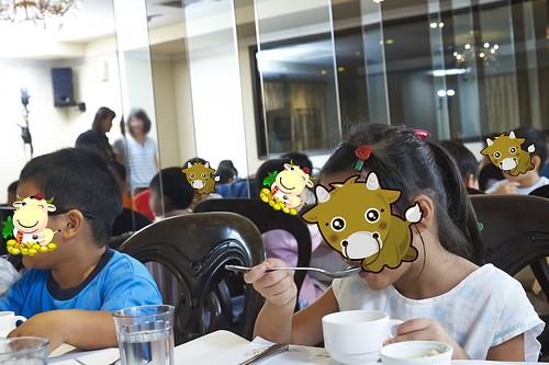 高雄新國際西餐廳 小朋友的西餐禮儀教學活動 (2)