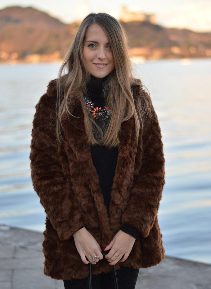 arona, tramonto, faux fur, Zara, bugie by coccoli, cigno, fotografia, Lago maggiore, Verysimple, look, outfti, wildflower girl (4)