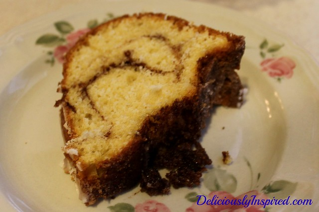 Cinnamon Cake-slice