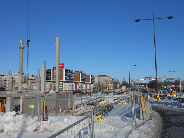 Hämeenlinnan moottoritiekate ja Goodman-kauppakeskus: Työmaatilanne 17.3.2013 - kuva 10