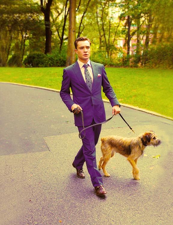 chuch-bass-in-purple-suit,how to style purple suit, celebrities in deep purple suit, Men's coloured suit, deep purple suit