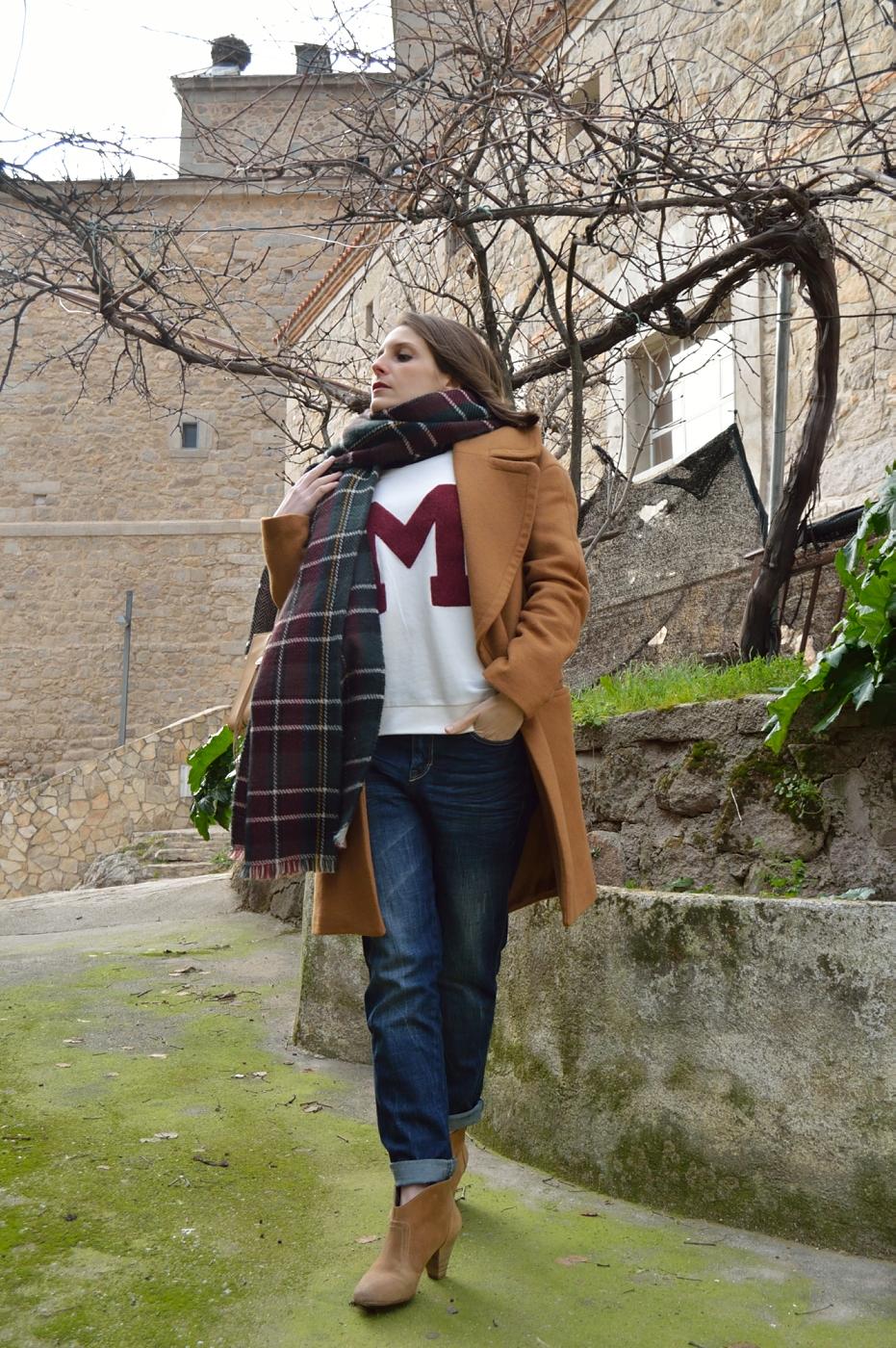 lara-vazquez-madlula-fashion-streetstyle-M-mood