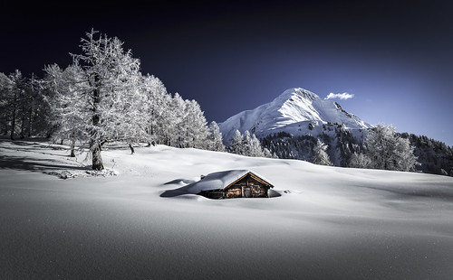 blue schnee winter sky white snow ski mountains alps tree landscape schweiz switzerland suisse swiss himmel frosty berge backcountry chalet alpen blau svizzera wonderland weiss wallis baum dreamscape frid snowscape valais 2014 1635 2015 2470 goms käserstatt eggerhorn canoneos5dmarkiii frederichuber