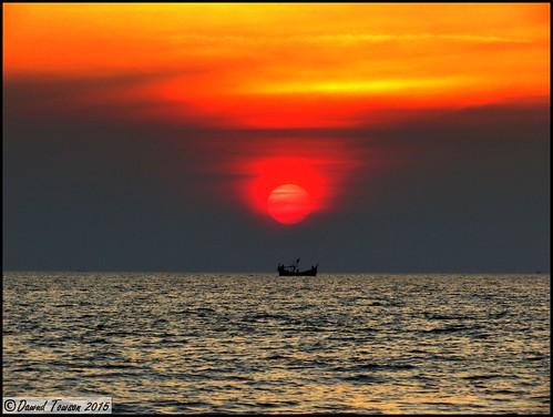 ocean sea nature beautiful silhouette evening coast boat asia indianocean sunsets vessel coastal fishingboat bangladesh seas fishingvessel coxbazar wodenboat