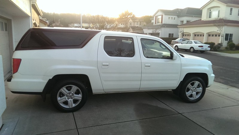 the camper shell pic thread honda ridgeline owners club forums. Black Bedroom Furniture Sets. Home Design Ideas
