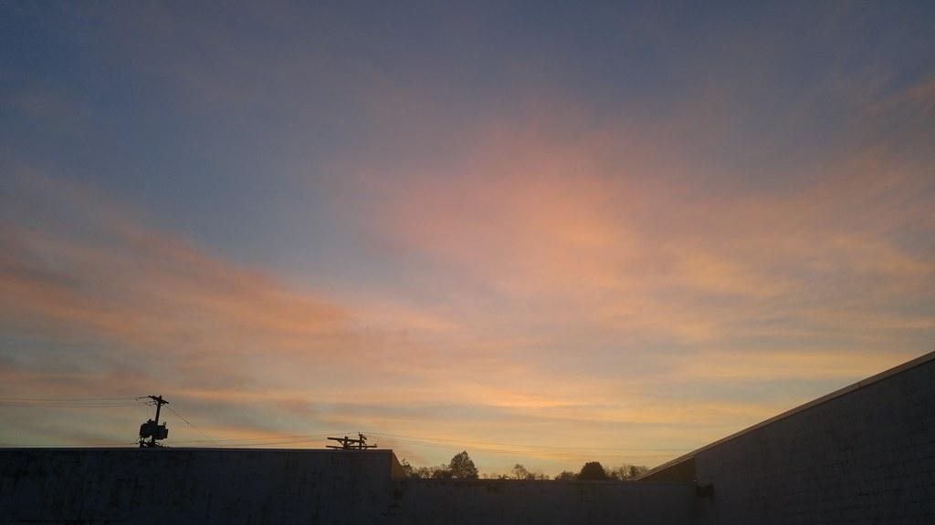Morning Sky 201605120559