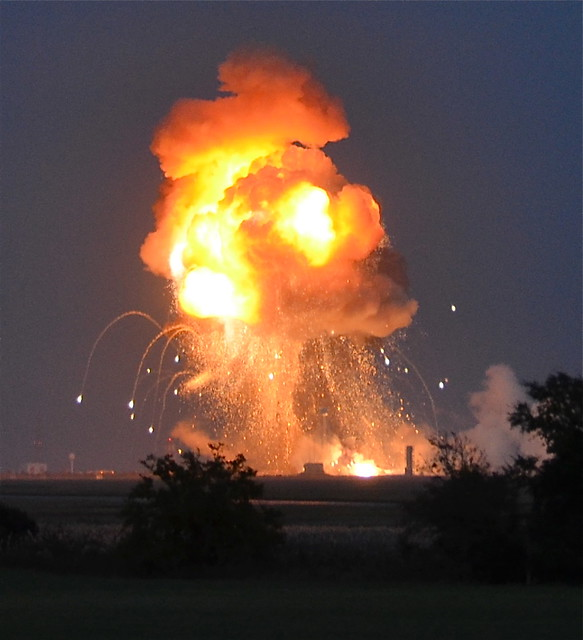 Big Bada Boom. Antares Explosion Sequence from our team in the field