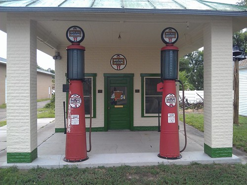 colorado gasstation holyoke gaspump us6 nationalregister nationalregisterofhistoricplaces phillipscounty us385 whiterosegasoline reimersmithoilstation