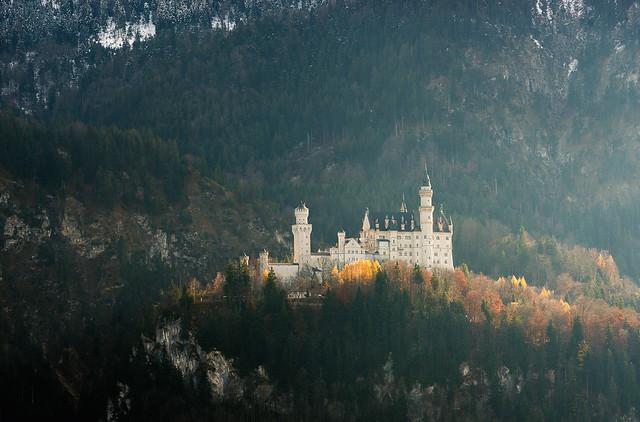 Autumnal Neuschwanstein