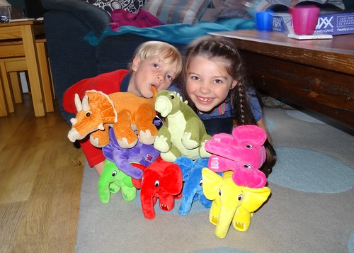 Elephpants, Dinosaurs and Children