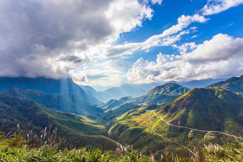 gate heaven vietnam sapa