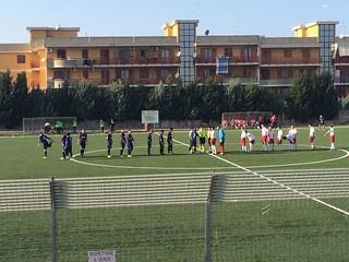 Barium - Rinascita Rutiglianese, le due squadre sul terreno di gioco (foto pagina facebook R. Rutiglianese)