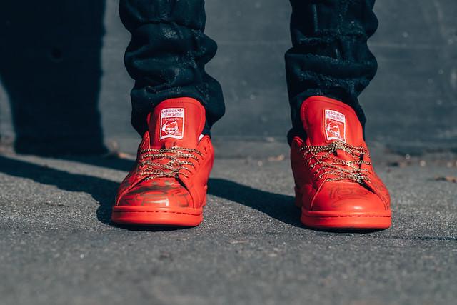 SEE HOW CUSTOM KICKS LOOK STYLED ON-FOOT 2