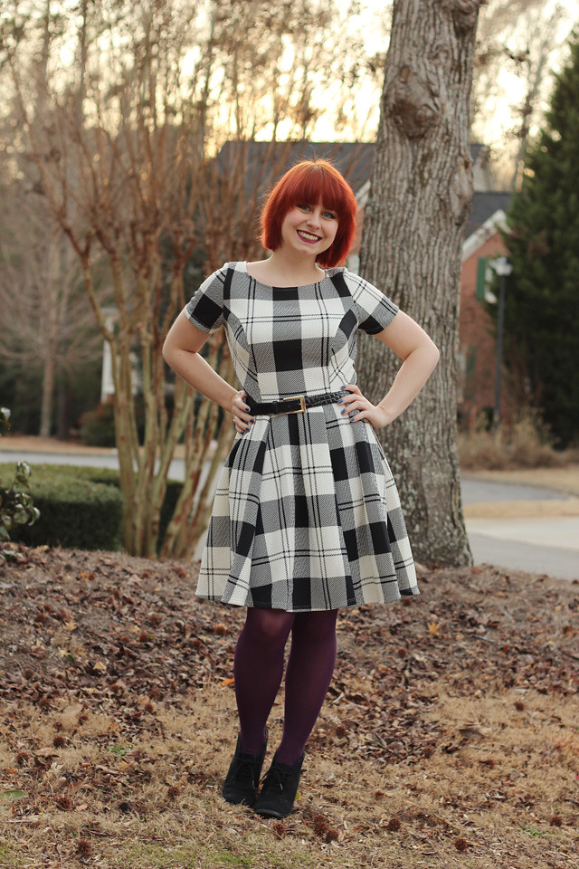 Outfit Black And White Plaid Dress With Purple Tights
