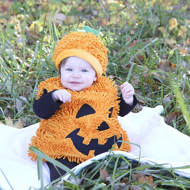 Glad we went out for a little Halloween photo shoot last weekend since we had a NASTY Halloween night. #dslr