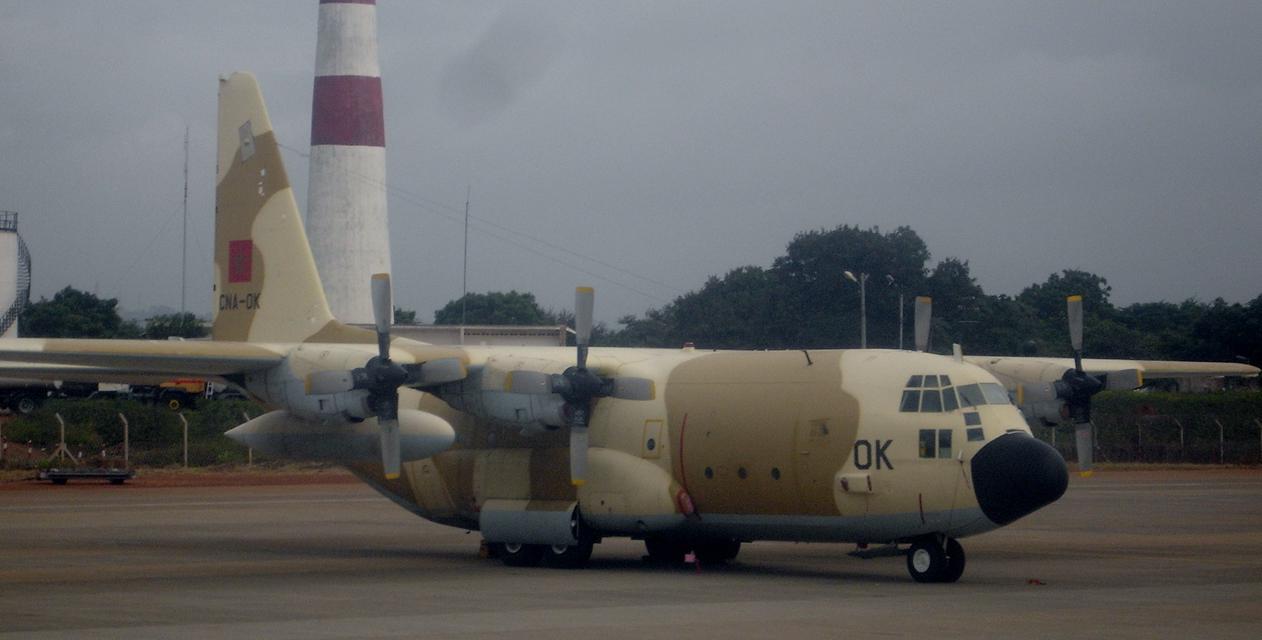 FRA: Photos d'avions de transport - Page 21 15784023600_69bcce4920_o