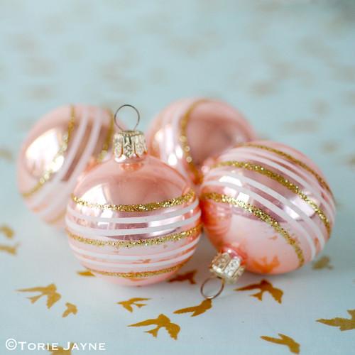 Vintage peach baubles