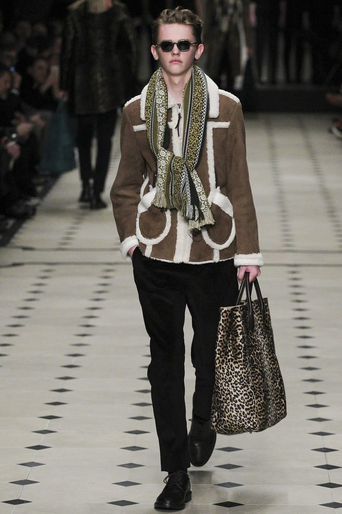 FW15 London Burberry Prorsum020_Robbie McKinnon(VOGUE)
