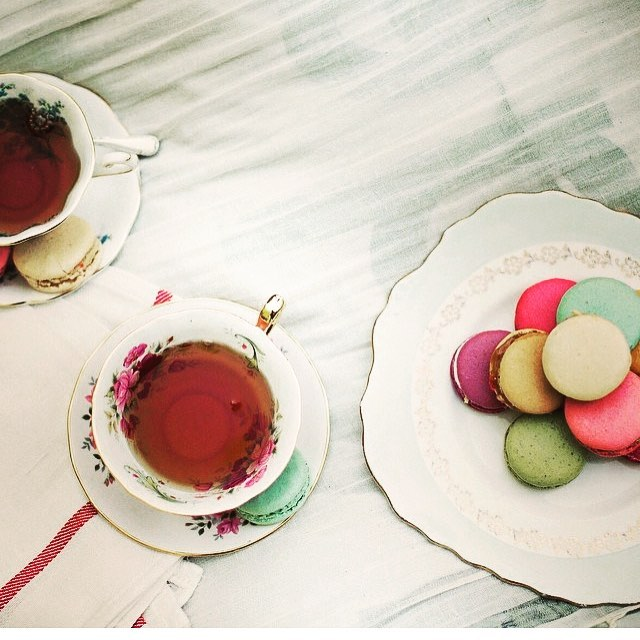 One cup for you and one cup for me ????  #tea #mayastea #health #fitness #friends #sharing #food
