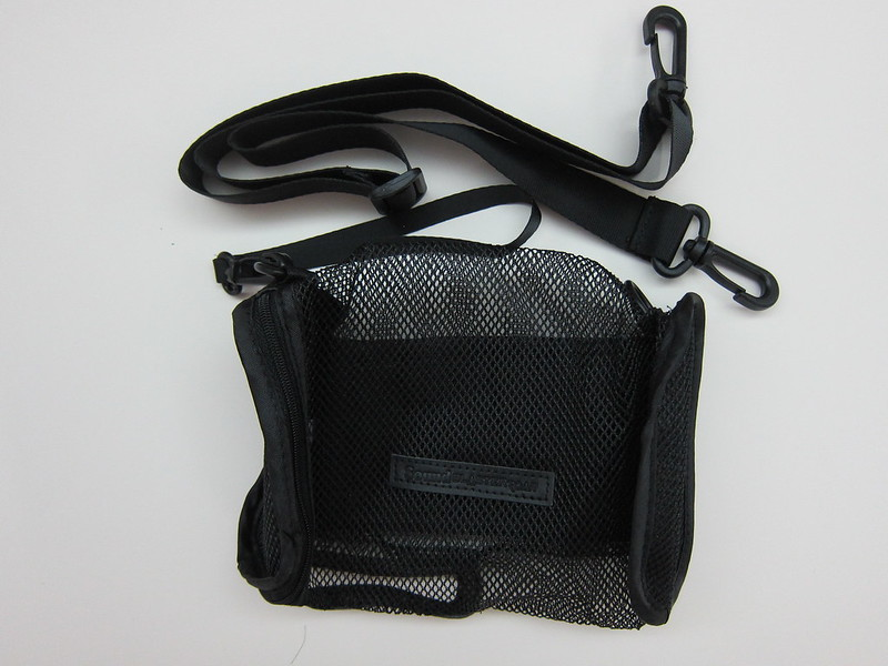 Creative Sound Blaster Roar Carry-bag - Packaging Contents