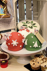 Three baubles cake IMG_1601 R