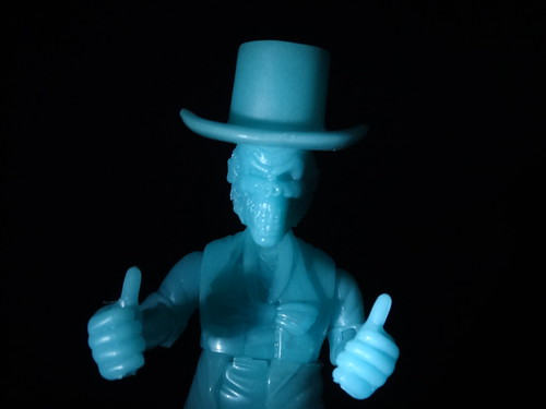 Hitchhiking Ghosts Skeleton Thumbs