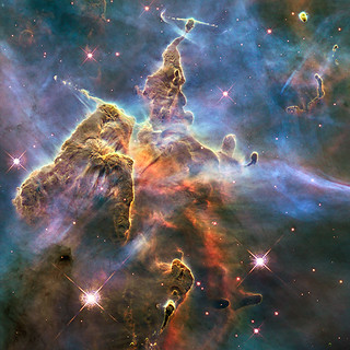 2010: Pillar and Jets in Carina