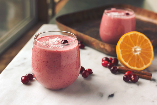 Orange Cranberry Coconut Smoothie - Tasty Yummies
