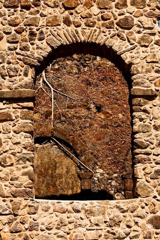 4644: Through the Arch