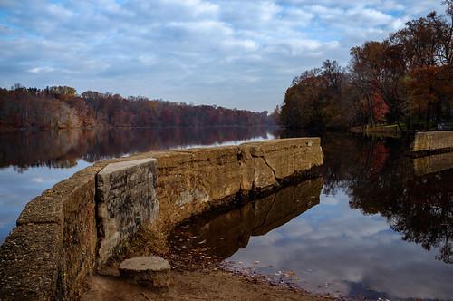 morning autumn lake fall water landscape dam nj eastbrunswick farrington