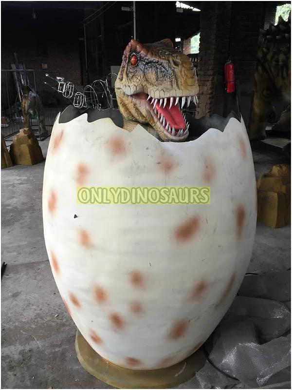 Hatch Baby T-Rex